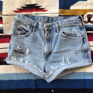 Wrangler Shorts - Vintage Wrangler Light Wash Denim Shorts